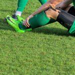 Est-ce une bonne idée d'appliquer une glace sur une blessure sportive ?